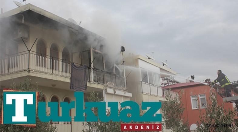 Gazipaşa'da çıkan ev yangını korkuttu