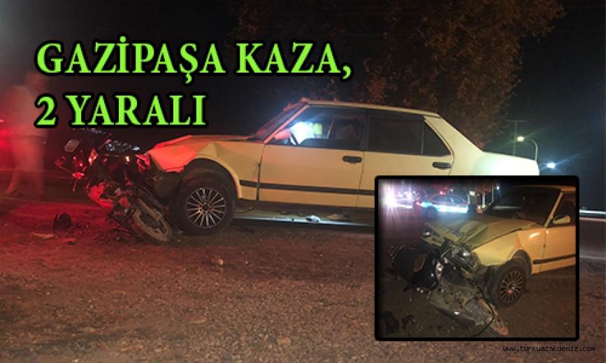 Otomobille motosiklet çarpıştı, anne ve çocuk yaralandı